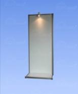 1051 - self-standing panel